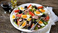 Nicoise je svělou letní večeří.