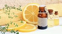 Pár kapek citrónového oleje zapůsobí proti hmyzu