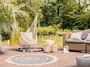 S palmami na terase se budete cítit jako v exotickém ráji.