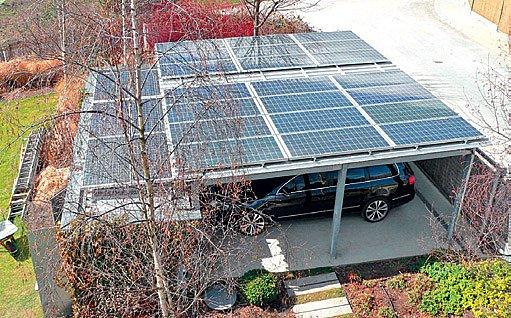 montáž fotovoltaických článků je lehčí, protože se nepřipojuje teplovodné médium