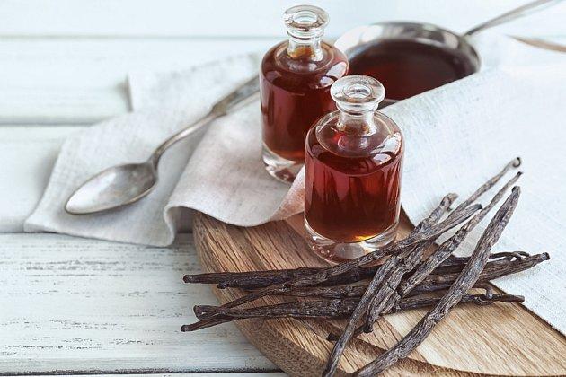 Vanilkový olej využijete do dezertů.