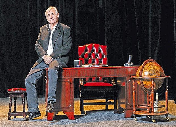 Karel Heřmánek v divadle.
