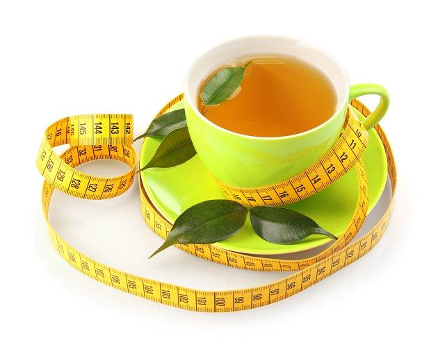 Bylinné čaje podporující hubnutí jsou fajn, ale musíte je podpořit změnou životního stylu.