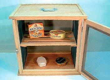 skříňka na sýry