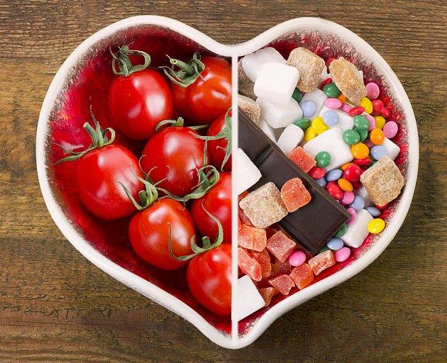 O tom, co je zdravější, pochyb není. Ale je možné, že by v rajčatech bylo víc druhů emulgátorů?