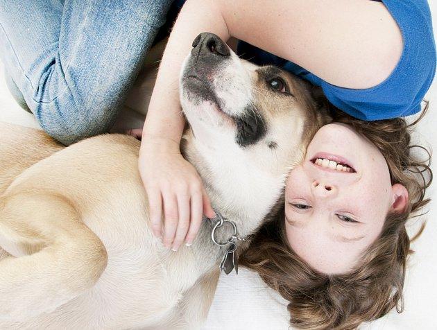 Láskyplné domácí mazlíčky obvykle vychovává laskavý majitel a jeho stejně naladění rodinní příslušníci.