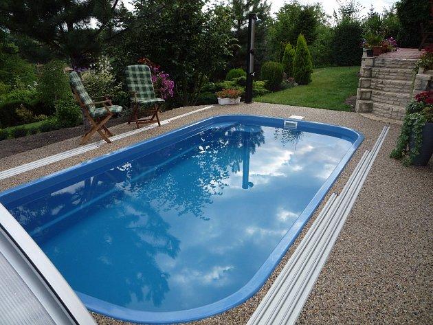 Perfektní čistotu zajistí kombinace pískové filtrace a slané vody.