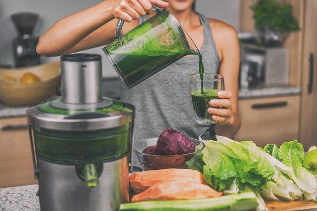 Zeleninové šťávy jsou základem detoxikačního jídelníčku