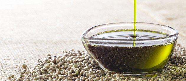 Konopný olej má příjemnou chuť a blahodárné účinky na naše zdraví