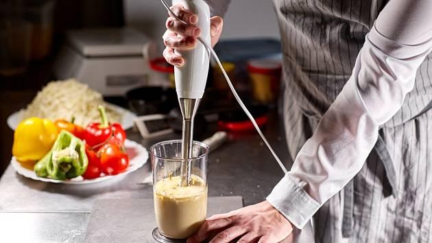 Domácí majonézu připravíte i z vařeného žloutku