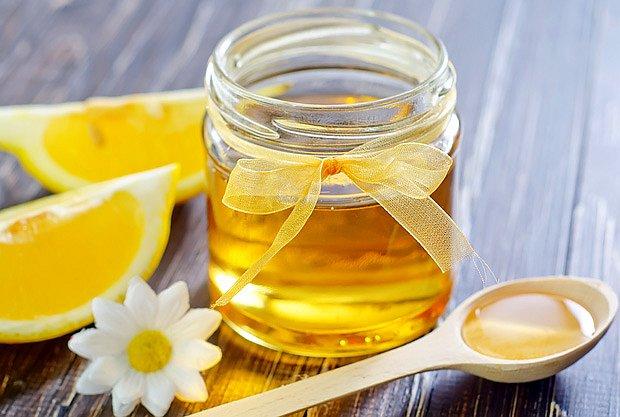 Med je oproti cukru zdravější pro tělo i zuby
