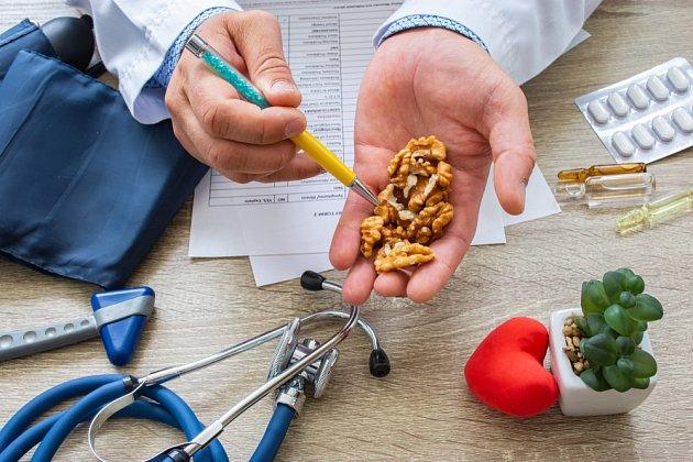 Vlašské ořechy mají pro naše zdraví celou řadu přínosů.