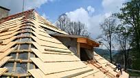 pokrývačské práce - dřevěným šindelem