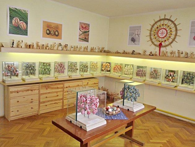 Interiér libotenické galerie kraslic