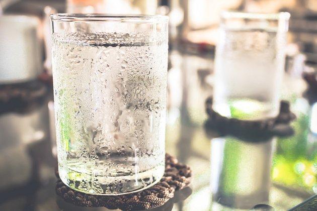 Ledová voda osvěží pouze zdánlivě