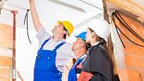 Kontrola stavebních prací se musí provádět průběžně