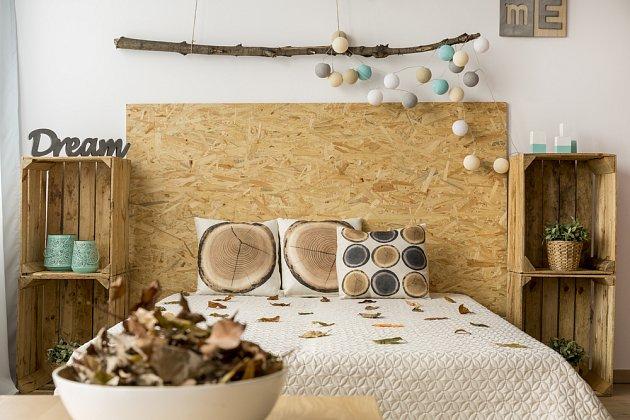 Dřevo je vhodným materiálem i motivem