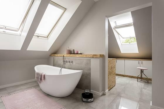 I s valbovou střechou lze mít krásný interiér.