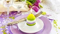 K Velikonocům patří jak vajíčka, tak svíčky.