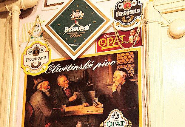 exponáty s pivní tématikou