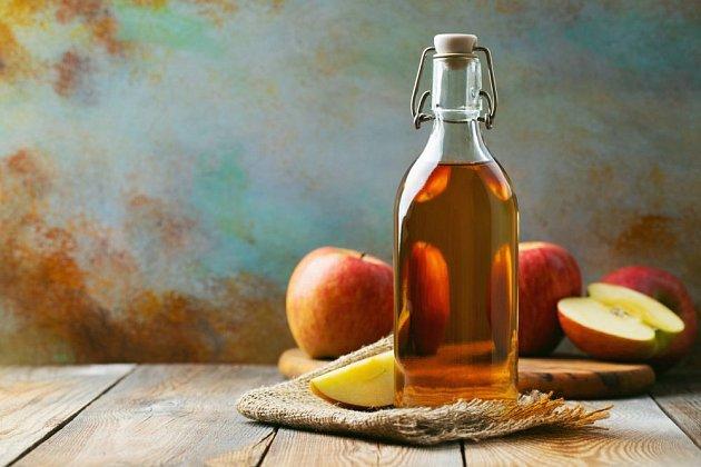 Jablečný ocet si můžete vyrobit i doma