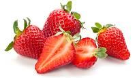 Kvalitní jahody poznáte i podle dobře vybarvené dužniny.
