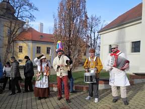 Na masopustu ve Ctěnicích nebude chybět ani harmonikář.