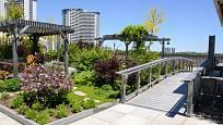 Zelené střechy se dají skvěle využít i v městské zástavbě.