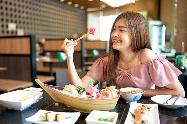 Hlavní složku japonské kuchyně představují ryby a zelenina.