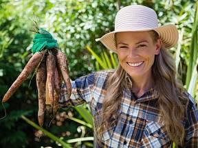 Vlastnoručně doma vypěstovaná kořenová zelenina je prostě nejlepší!