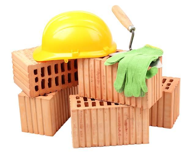 Důvodem poklesu počtu započatých staveb je i růst ceny stavebních materiálů.