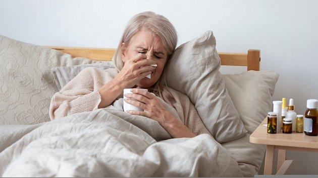 Zápal plic je zvlášť nebezpečný pro seniory.