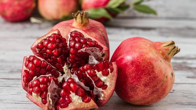 Granátové jablko je ovoce spojované s láskou a zdravím
