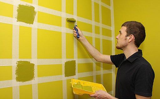 pomocí maskovacích pásek lze vytvořit na zdi různé ornamenty
