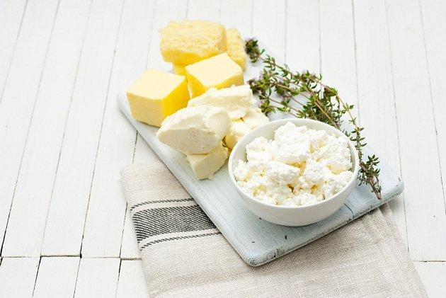Domácí máslo i sýry