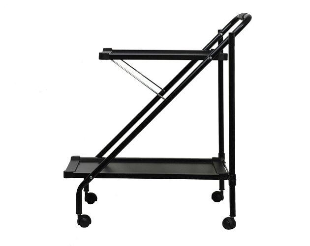 Moderní servírovací stolky jsou často kovové a s miniaturními kolečky.