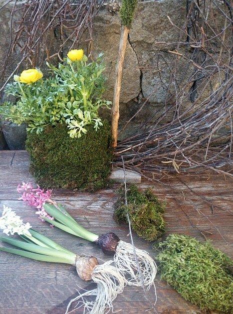 Jarní dekorace z březových větviček.