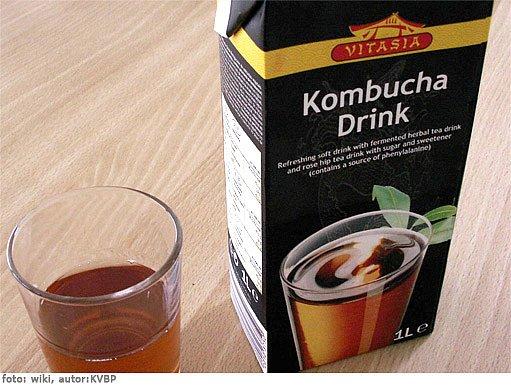 čaj z kombuchy se v zahraničí prodává i krabicovaný
