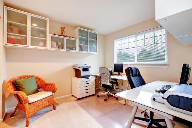 Barevnost vaší domácí kanceláře by měla být volena s ohledem na vaše oblíbené barvy.