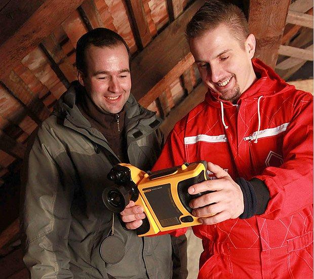 Kontrola zateplení pomocí termokamery spolu se zákazníkem