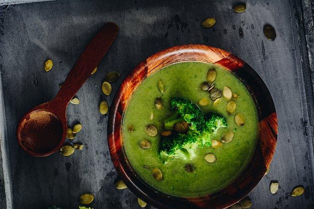 Brokolice je přímo nabitá vitaminy.