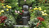 S pomocí čerpadla lze vytvořit malý vodopád na každé zahradě