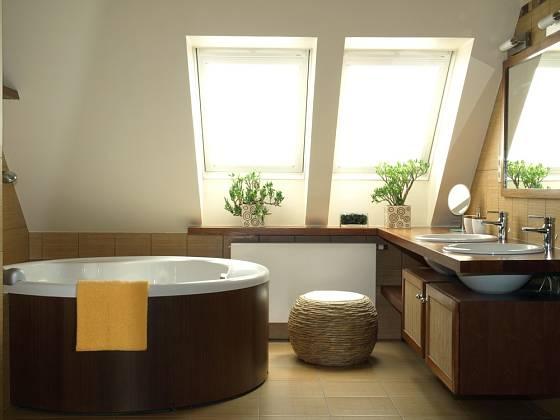 Hnědá barva symbolizuje zem a dřevo. Uplatněná na podlaze uklidňuje celý prostor.