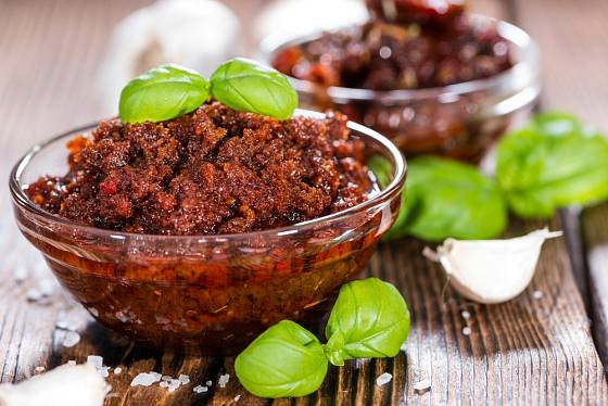 Ze sušených rajčat připravíte vynikající pomazánku