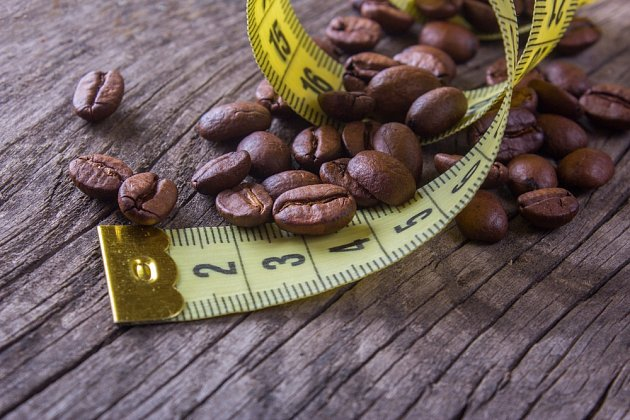 Pomáhá káva při hubnutí, nebo naopak škodí?