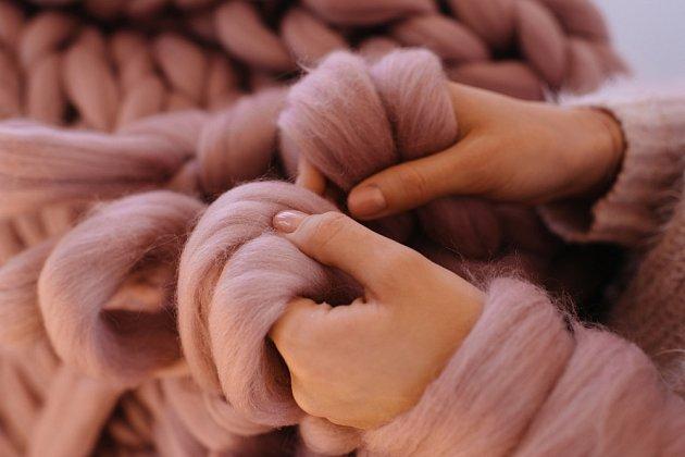 K pletení stačí ruce