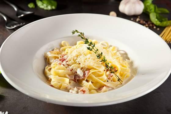 Carbonara je prosté, ale vydatné jídlo.