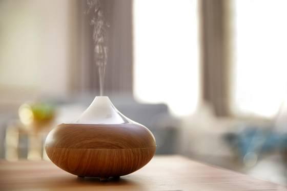 Difuzér je jeden ze způsobů, jak do svého těla dostat léčebné éterické oleje.