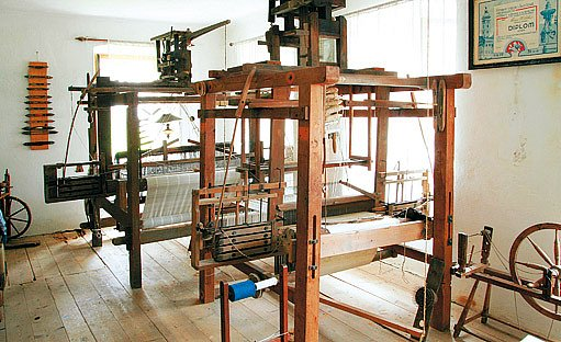 Z expozice tkalcovského muzea ve Strmilově