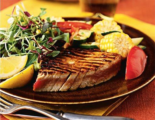 Tuňák se zeleninou a džemem
